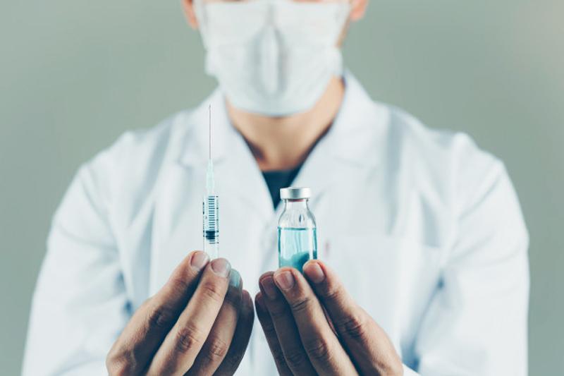 vaccine-covid.jpg